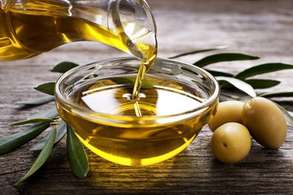 Beneficios-de-tomar-limón-y-aceite-de-oliva-en-ayunas-2
