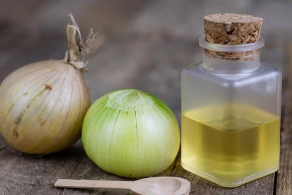 Receta del jugo de cebolla para eliminar canas